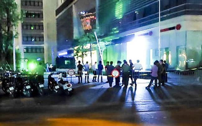 Xác định danh tính đôi nam nữ rơi từ tầng cao xuống đất tử vong ở Hà Nội