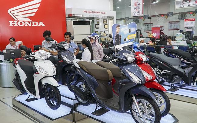 Bất chấp nhu cầu ô tô tăng mạnh, doanh thu của Honda Việt Nam đã vượt 100.000 nghìn tỷ đồng, lợi nhuận lớn hơn Thaco, Thành Công, Toyota, Ford, Mercedes… cộng lại