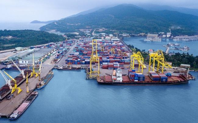 Việt Nam tiếp tục xuất siêu kỷ lục 13,5 tỷ USD, thặng dư gấp gần 2,5 lần cùng kỳ
