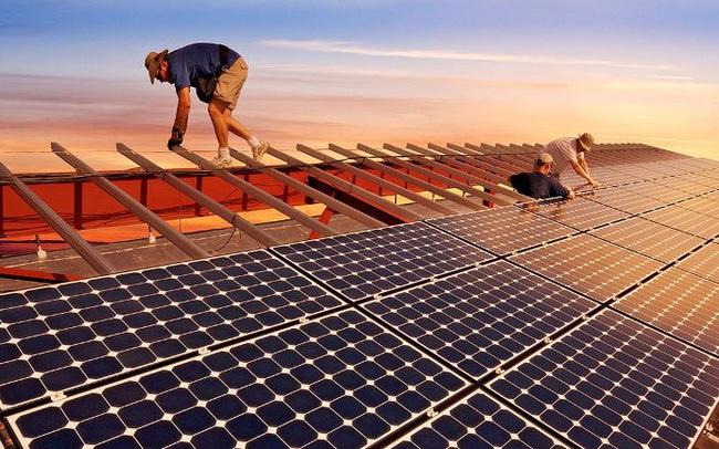 """Những """"ông lớn"""" đầu tư điện mặt trời ở Việt Nam có gì đặc biệt?"""