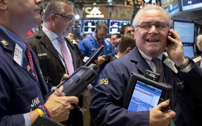 Cổ phiếu công nghệ hồi phục mạnh mẽ, Phố Wall khởi sắc 2 phiên liên tiếp sau đà bán tháo