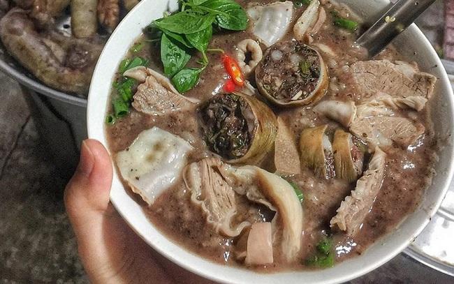 """Vì sao ẩm thực Việt chuộng tươi ngon, bận đã có ship nhưng phở, bún, cháo lòng """"ăn liền"""" vẫn bán tốt?"""