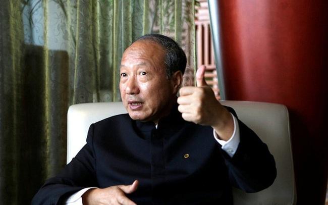Không trả nợ 5.000 USD, tỷ phú Trung Quốc bị cấm bay hạng nhất, ở khách sạn, chơi golf