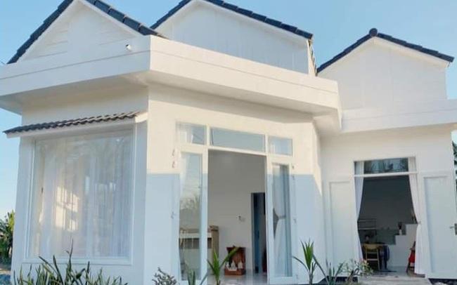 Ngôi nhà màu trắng tuyệt đẹp cô gái 25 tuổi xây tặng cha mẹ