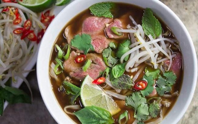 2 thực phẩm quen thuộc trong bữa sáng của người Việt nhưng có những người không nên ăn vì có thể gây hại cho dạ dày và khiến bệnh tình thêm trầm trọng