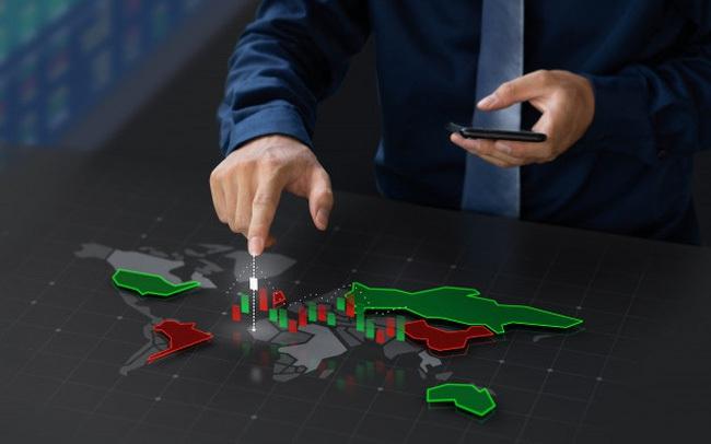 TCB, KOS, HAH, TRA, NTP, ELC, QHD: Thông tin giao dịch lượng lớn cổ phiếu
