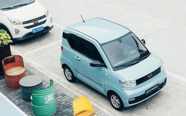 """Những mẫu xe ô tô điện siêu xinh với giá cả cũng yêu không kém dùng để đưa đón con ngày mưa gió càng """"hết xẩy"""""""