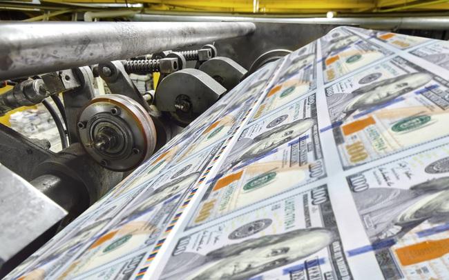 Tiền trực thăng, lãi suất âm và câu chuyện chính sách kinh tế hậu Covid-19
