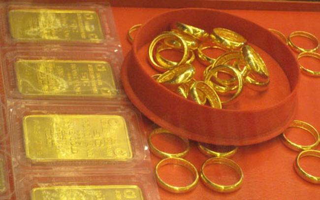 Giá vàng trong nước tiếp tục tăng, ngày càng đắt hơn vàng thế giới