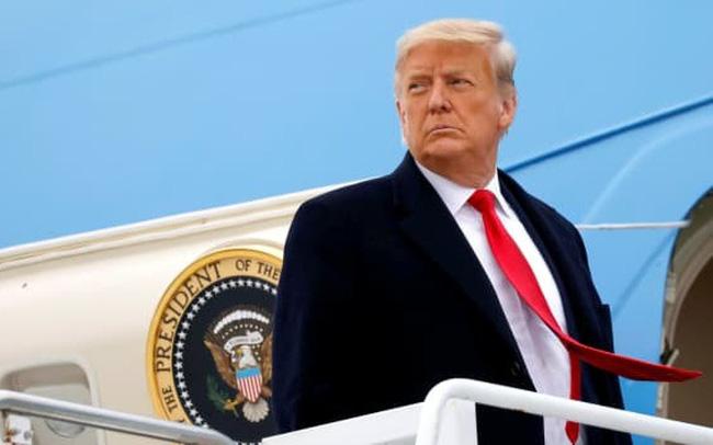 """Sắp mãn nhiệm, ông Trump """"tung đòn liên hoàn"""" lên Trung Quốc"""