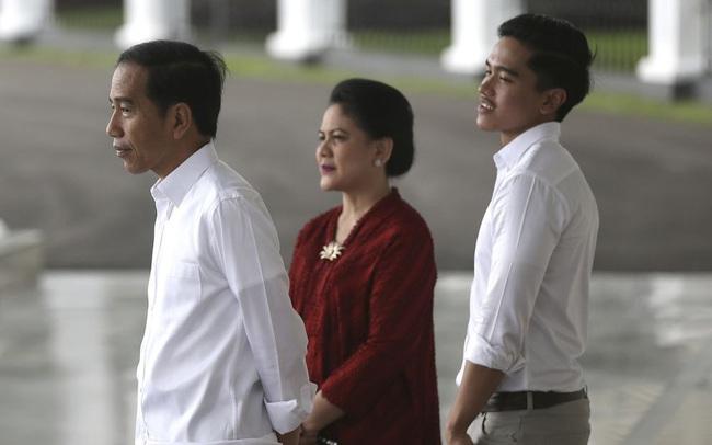 Những dòng tweet của con trai Tổng thống Joko Widodo khiến cổ phiếu ngân hàng Indonesia tăng kỷ lục