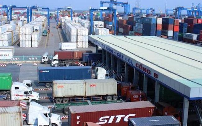 """Giải phóng container """"vô chủ"""" có dễ?"""