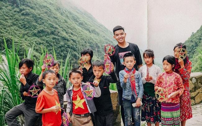 Chàng trai Sài Gòn từ bỏ công việc làm thêm 1000 USD và lên kế hoạch cho 36 ngày xuyên Việt