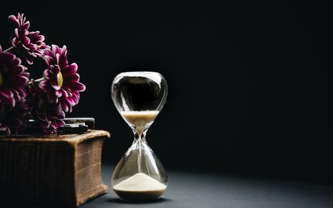 """Cách bạn bán thời gian, quyết định """"giới hạn trên"""" trong cuộc sống của bạn"""