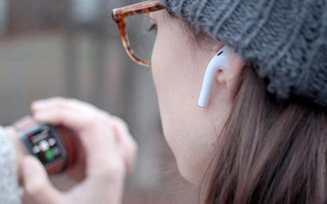 Thị trường tai nghe không dây tăng gần gấp đôi, tại sao Apple hụt hơi?