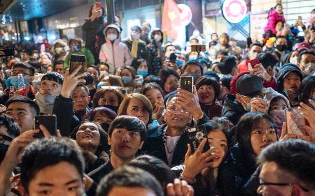 Nikkei Asia: Thu nhập bình quân vượt Philippines, GDP vượt Singapore - Đây là khoảnh khắc bứt phá của Việt Nam!