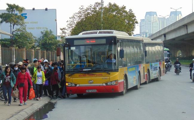 Hà Nội mở mới bốn tuyến xe bus từ 1/2