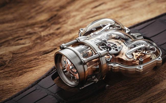 Choáng với mẫu đồng hồ giá hơn 10 tỷ đồng: Thiết kế siêu dị, vỏ case phủ sapphire trong suốt, đo thời gian chuẩn hơn, chống nước ở độ sâu 30 mét