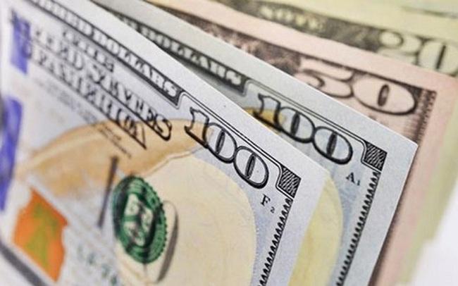 Giá USD tự do tăng liên tục