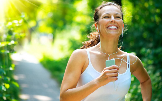 Tại sao người thường xuyên tập thể dục có ít nguy cơ trầm cảm, sống hạnh phúc hơn?