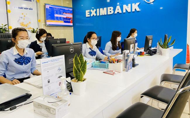 Ngân hàng đầu tiên sụt giảm cả cho vay và tiền gửi khách hàng trong năm 2020