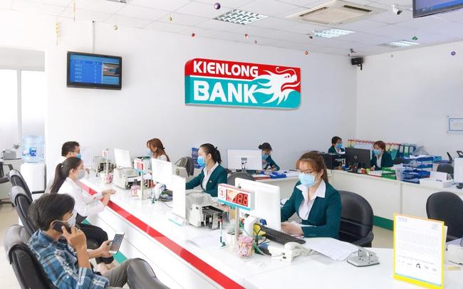 Kienlongbank thay chủ tịch HĐQT, đã bán lượng lớn cổ phiếu Sacombank trong tháng 1