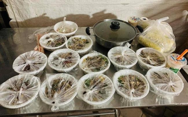Hình ảnh tiếp tế đồ ăn thức uống trong các khu cách ly ở Hải Dương khiến ai xem xong cũng cảm thấy ấm lòng