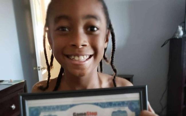 Nhà đầu tư 10 tuổi 'nhân 5' tài khoản nhờ cuộc chiến giữa Phố Wall và Reddit