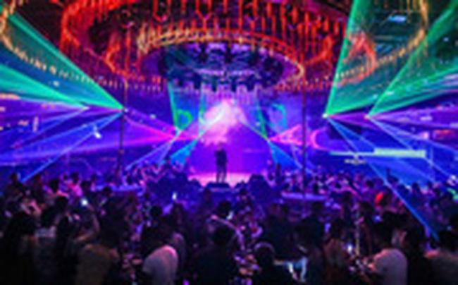 Từ 0h ngày 1/2, Hà Nội yêu cầu các quán karaoke, vũ trường, quán bar tạm dừng hoạt động