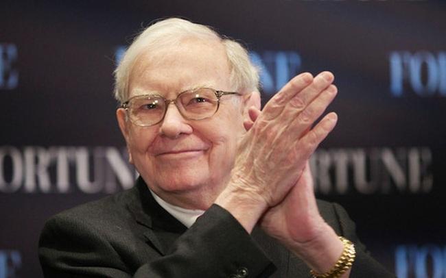 "Warren Buffett ""bỏ túi"" 50 tỷ USD nhờ cổ phiếu Apple năm 2020"