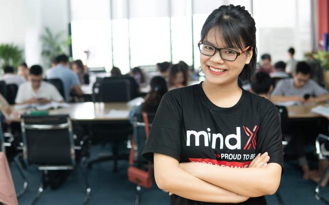 """Nữ founder của startup """"nhà nghèo"""" MindX: Đừng nhìn vào trailer của cuộc đời người khác mà so sánh với bi kịch đời mình"""