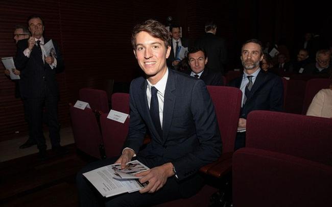 'Hoàng tử' Louis Vuitton được tiếp quản hãng trang sức Tiffany