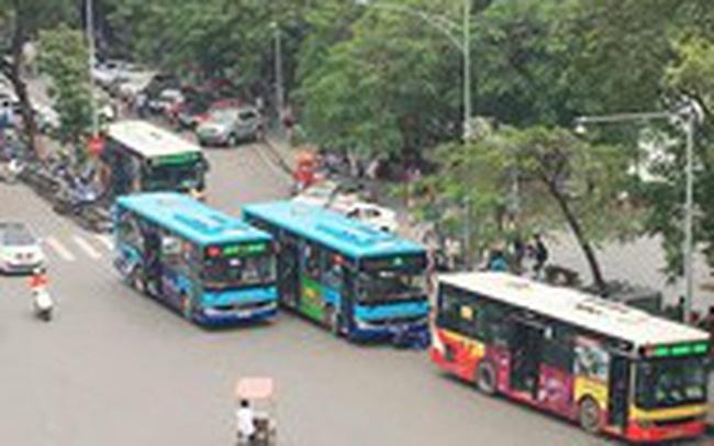Vì sao Hà Nội chưa cho xe buýt chạy từ ngày 1/10?
