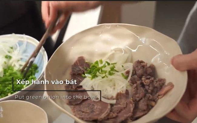 Du khách Thuỵ Sỹ đã có hơn 3 năm gắn bó tại Việt Nam, bật mí về những món ăn Việt Nam làm nức lòng du khách quốc tế