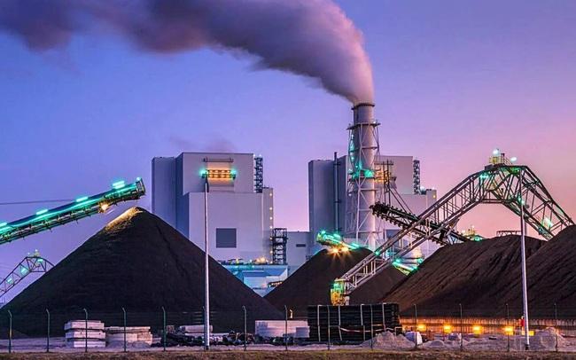 """Giá than châu Á lập kỷ lục cao mới do cơn """"khát"""" nhiên liệu của các nhà máy nhiệt điện Trung Quốc và Ấn Độ"""
