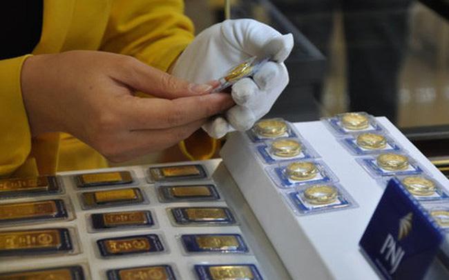 Giá vàng hôm nay 12/10: Xấp xỉ 58 triệu đồng/lượng, đắt hơn thế giới kỷ lục 9,5 triệu đồng/lượng