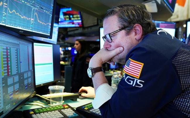 Phiên 12/10: Khối ngoại giảm bán ròng còn 52 tỷ đồng trên toàn thị trường, tập trung bán HPG