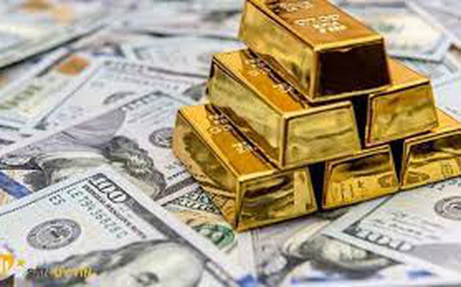 Giá vàng thế giới tối nay 13/10 tăng vọt, Bitcoin hạ nhiệt