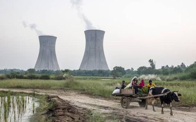 """Không riêng Trung Quốc, cơn """"đói điện"""" đang hành hạ thêm một gã khổng lồ khác của châu Á"""
