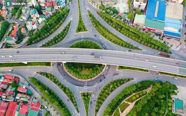 Cận cảnh 2 nút giao thông khổng lồ đẹp như tranh vẽ, đắt tiền và hiện đại bậc nhất Thủ đô