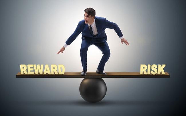 Mua cổ phiếu nào đón sóng hồi phục vĩ mô trong quý 4 và năm 2022?