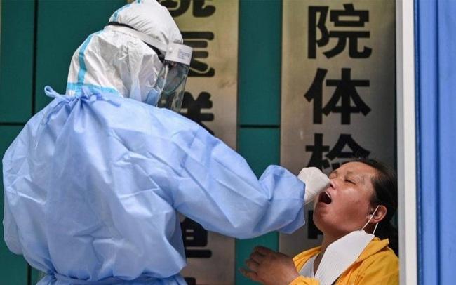 Nikkei: Trung Quốc đặt hàng loạt thiết bị xét nghiệm PCR vài tháng trước khi Covid-19 bùng phát