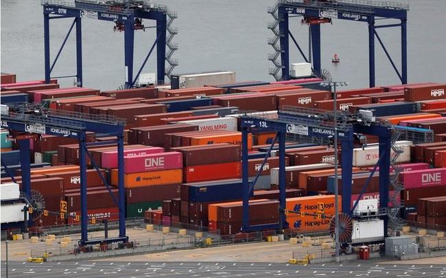 Thâm hụt thương mại Mỹ lập kỷ lục mới