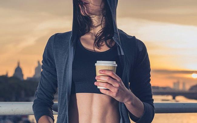 Uống một tách cà phê trước khi tập thể dục: 5 lợi ích không ngờ cho cơ thể, vừa tăng hiệu suất, vừa chống bệnh tật