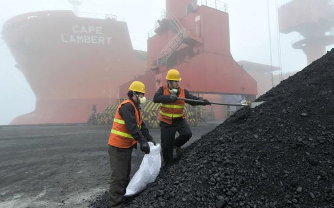 Pha xử lý cồng kềnh của Trung Quốc: Đẩy than của Australia khỏi các kho chứa để chờ nhập than khác khi cả nước đang vật lộn vì thiếu điện
