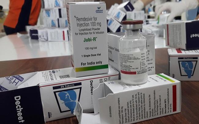 Thu lượng lớn thuốc điều trị COVID-19 nhập lậu qua đường hàng không
