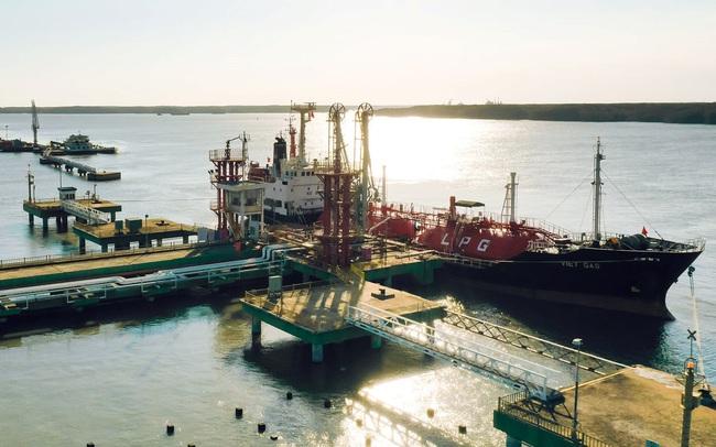 PV GAS: Nhu cầu khí giảm 30-40% so với cùng kỳ, LNST 9 tháng đi ngang với 6.220 tỷ đồng