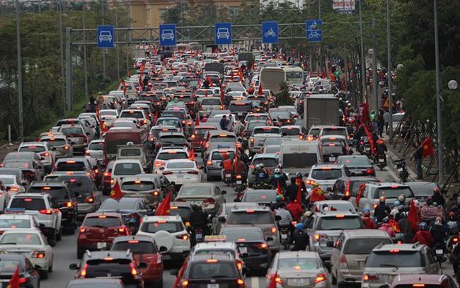 Khi nào thì giá ô tô Việt Nam rẻ?
