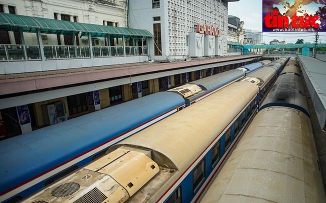 TP Hà Nội đồng ý mở 2 đường bay nội địa, đường sắt vẫn 'đóng cửa'
