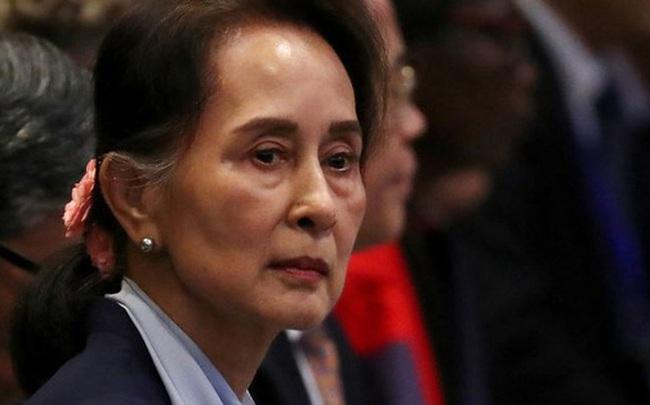 [NÓNG] Đột kích lúc rạng sáng: Nhà lãnh đạo Aung San Suu Kyi, Tổng thống Myanmar bị bắt